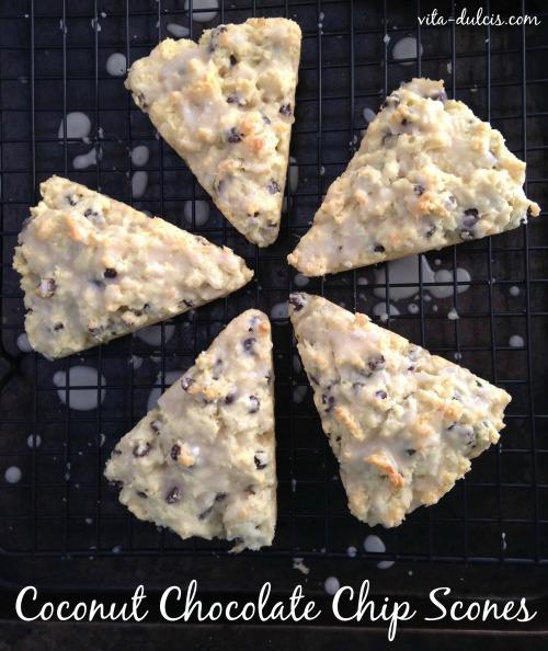 Coconut Chocolate Chip Scones | Vita Dulcis